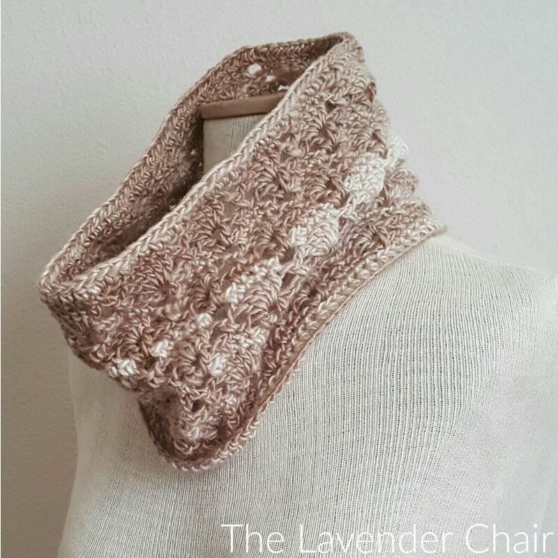 Vintage Cowl - Free Crochet Pattern - The Lavender Chair