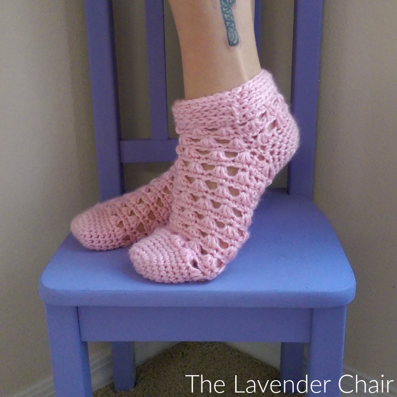 Lazy Daisy Socks - Free Crochet Pattern - The Lavender Chair