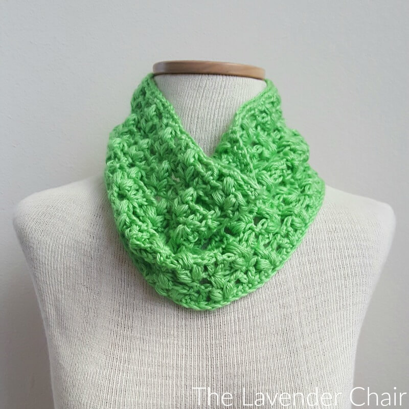 Clover Puff Cowl - Free Crochet Pattern - The Lavender Chair