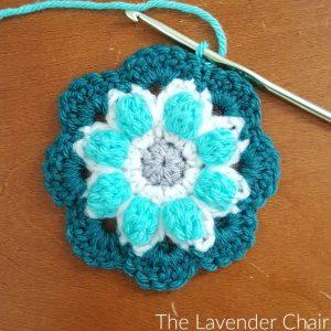 Free Crochet Pattern - The Lavender Chair