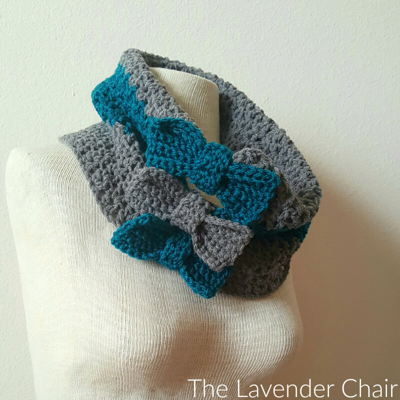 Valerie's Cinched Bow Cowl - Free Crochet Pattern - The Lavender Chair