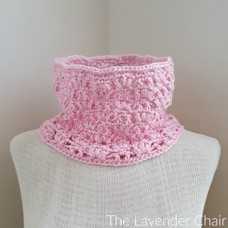 Weeping Willow Cowl - Free Crochet Pattern - The Lavender Chair
