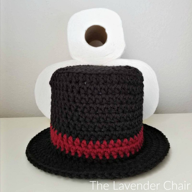 Snowman Top Hat Toilet Paper Roll Cover - Free Crochet Pattern - The Lavender Chair