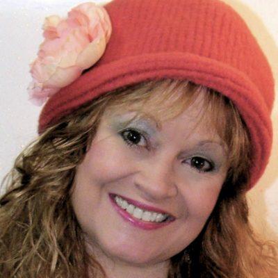 Kim Guzman – CrochetKim Designer Profile