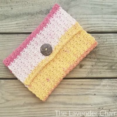 Read more about the article Simple Clutch Crochet Pattern