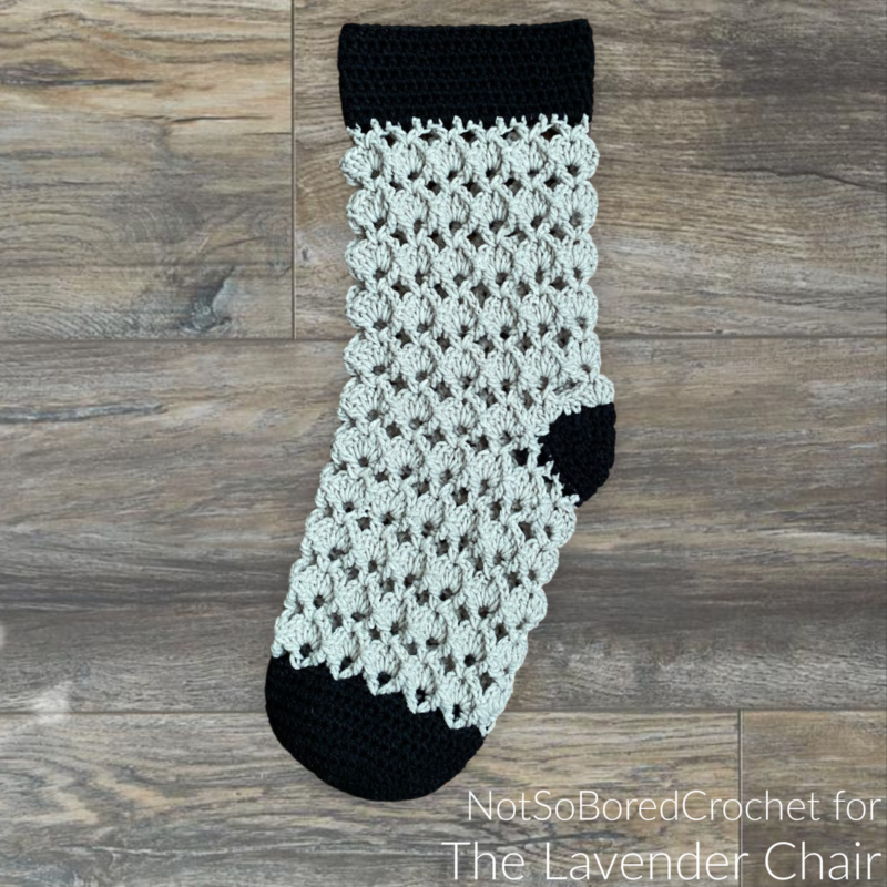 Sensu Fan Stocking - Free Crochet Pattern - The Lavender Chair